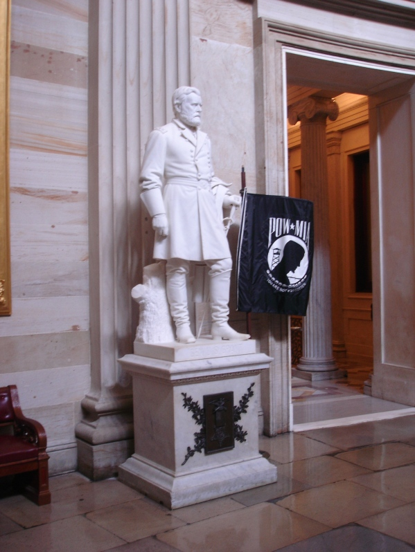 POW_MIA_Statue_in_United_States_Capitol_Rotunda